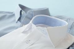 男性のYシャツ